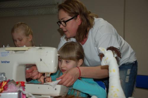 Warsztaty szycia dla dzieci i dorosłych 2018
